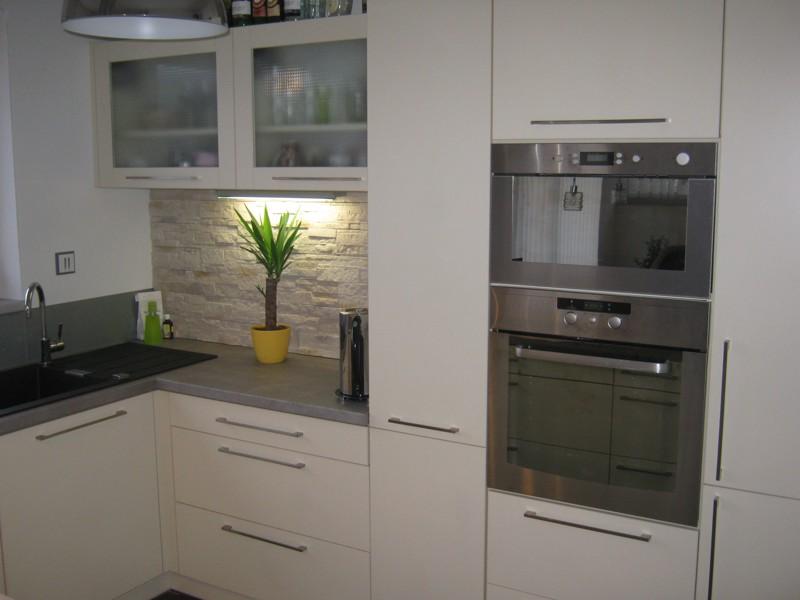 Kuchynska linka e2